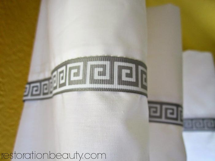 adding-ribbon-to-curtains