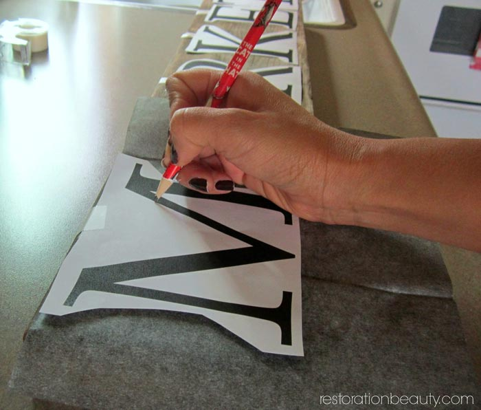 diy-rustic-market-sign,-easy-way-to-transfer-words-to-wood