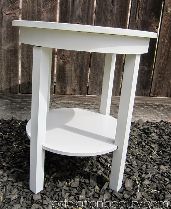 end-table-makeover-with-diy-chalk-paint-3