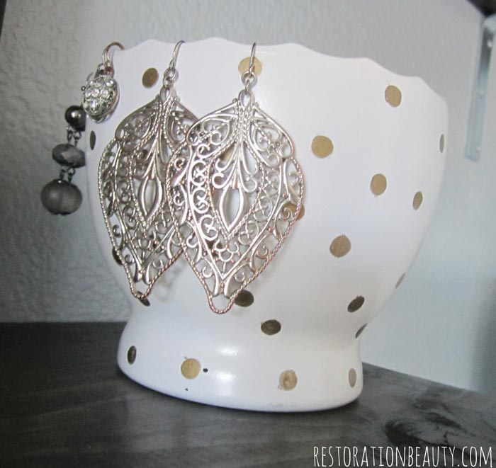 gold-polka-dot-diy-jewelry-bowl