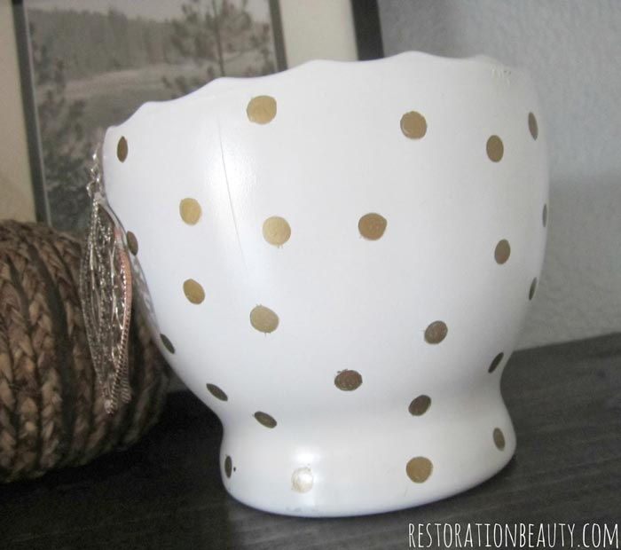 gold-polka-dot-jewelry-bowl