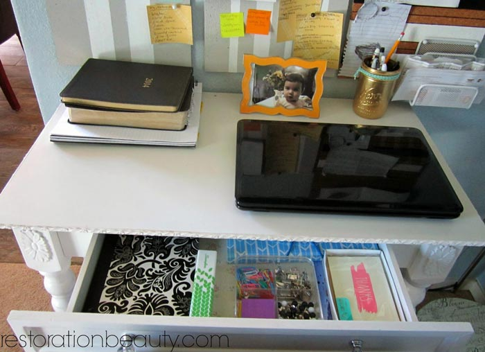 organizing-a-small-office-space