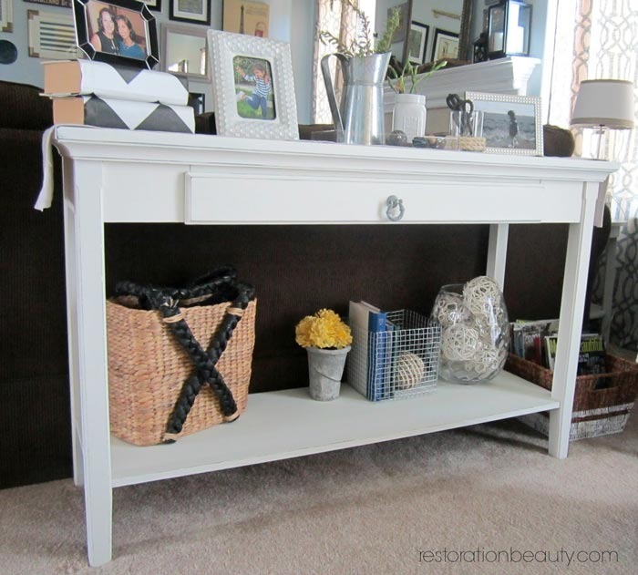 sofa-table-makeover-using-diy-chalk-paint-2